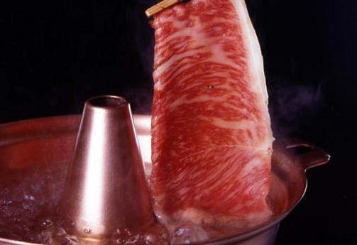 伊勢海老やアワビ、松阪牛など、魅力的な食材が揃う三重の名物・グルメをご紹介